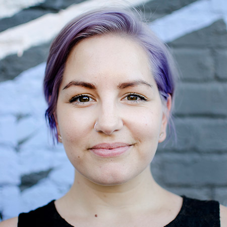 Laura Lee Moreau is the founder of ge-o-de Studio, the Creative lead and a UX UI specialist